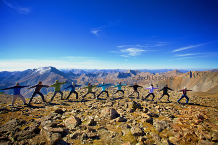 yoga mountain Attribute Zach Dischner lr